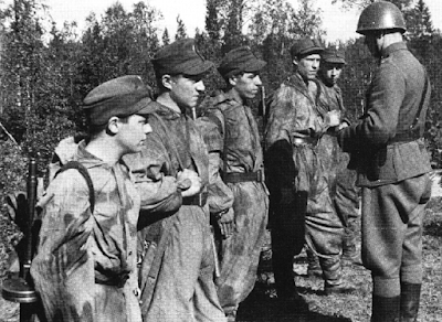 Armour force / Panssaroitu voima : Sissi / Finnish long