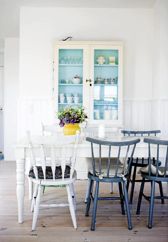 Scandinavian Style Dining Room Furniture: Cozy Scandinavian Dining Room