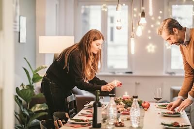 Ideas for Christmas table settings