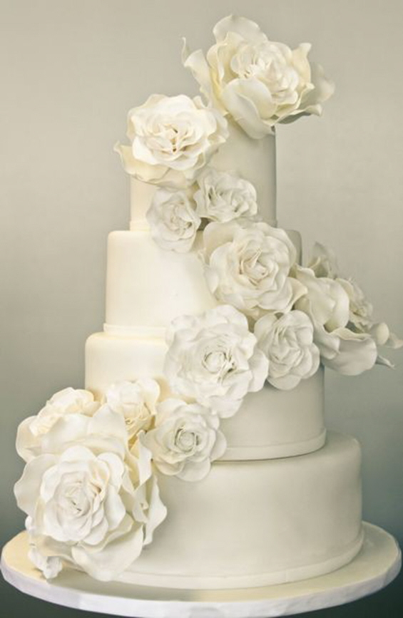 elegant all white wedding cakes a sweet soiree all white wedding cakes 13954