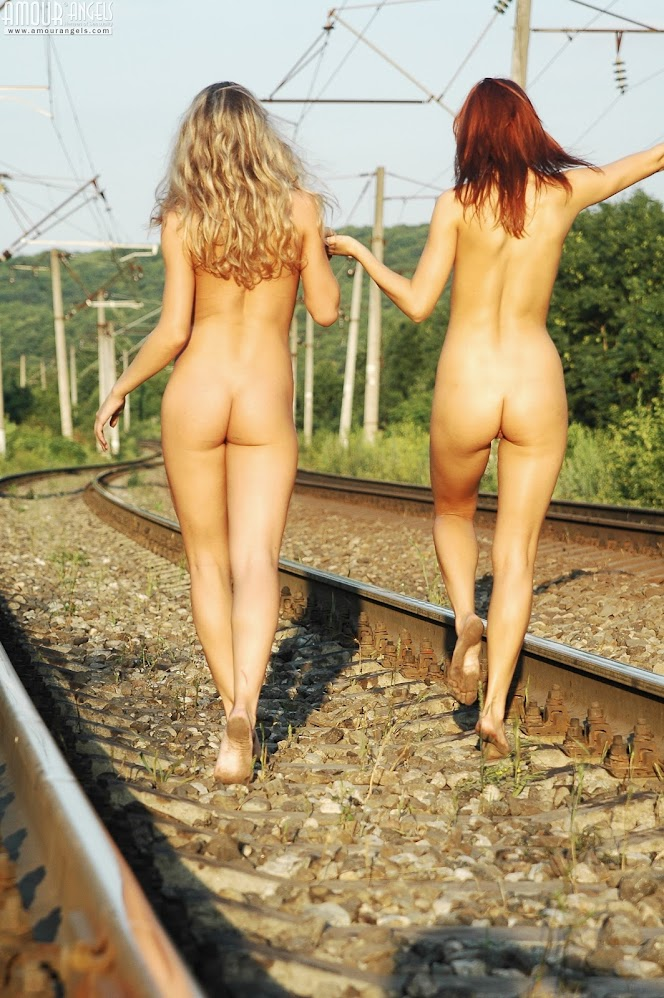 [AmourAngels] Sofia, Sabrina - Railway - idols