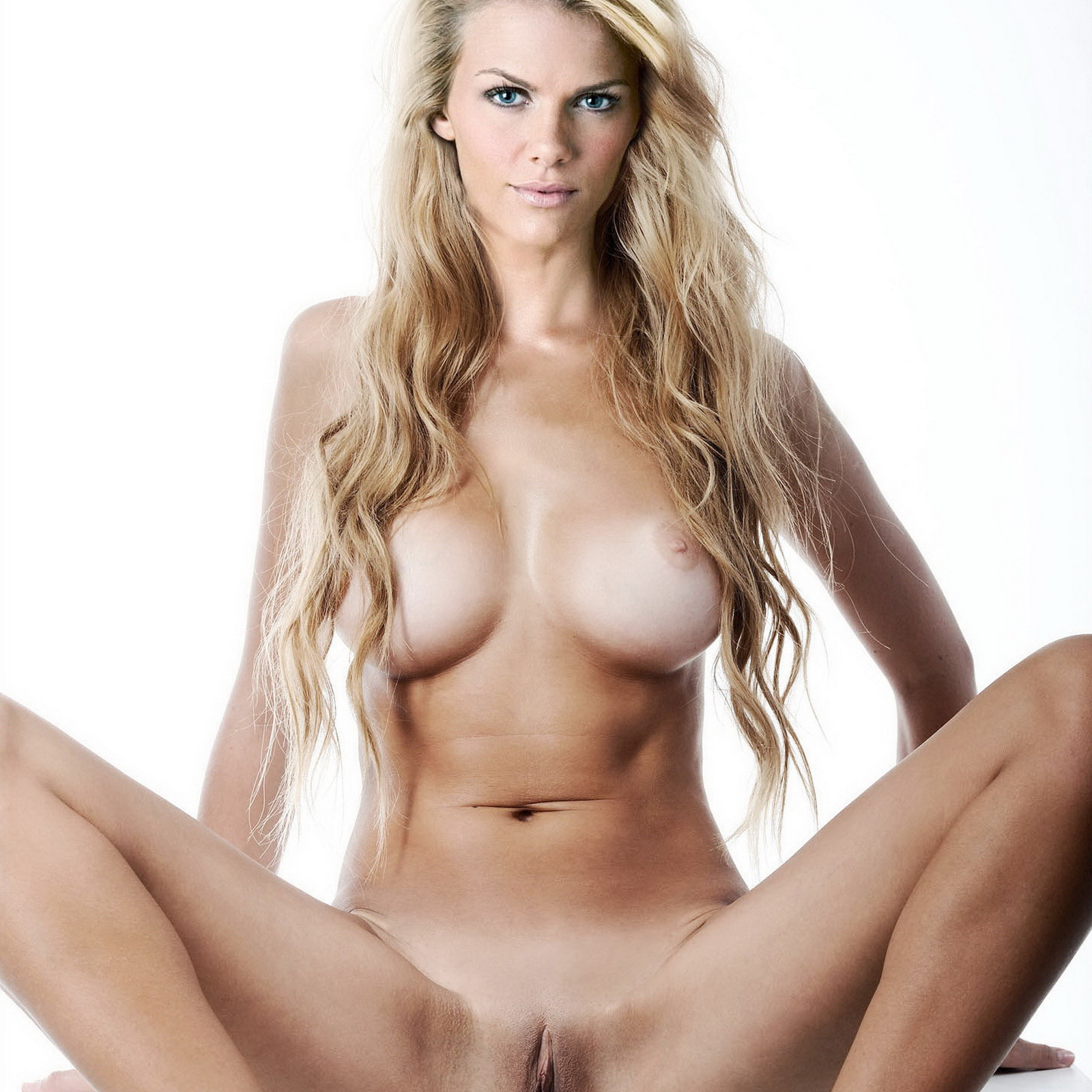 brazzers asian milf finds big cock in her bed