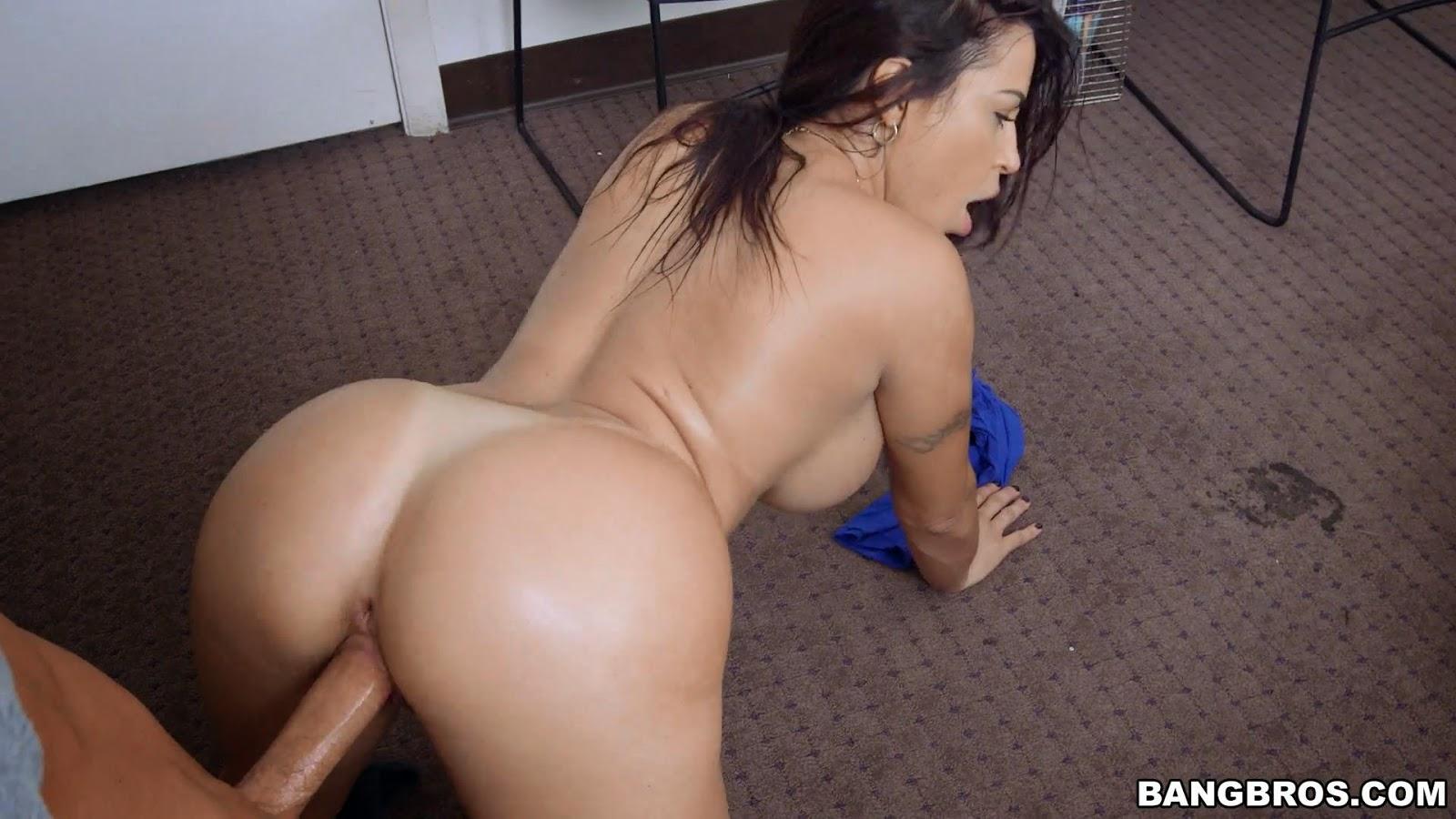 Julianna vega anal