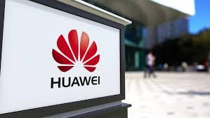 akan mempersiapkan smartphone yang sangat canggih Huawei Akan Mempersiapkan Smartphone dengan Layar Berlubang