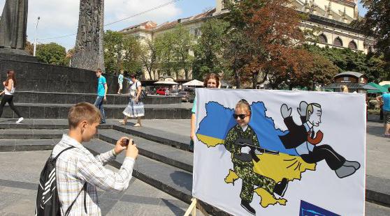 Эксперт: Путина могут лишить власти по украинскому сценарию