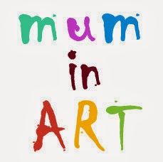 MUM IN ART