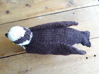Osprey knitting pattern by Nicky Fijalkowska