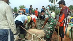 Ini Bentuk Kemanunggalan TNI dan Rakyat di Desa Bangun Seranten