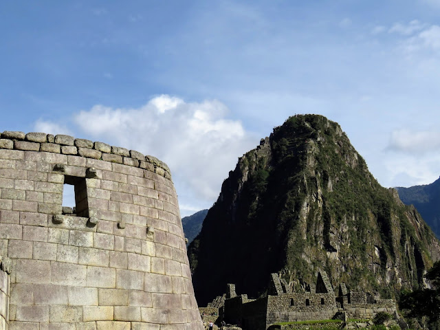 Machu Picchu Picture gallery: Smooth stone temple and mountain behind Machu Picchu