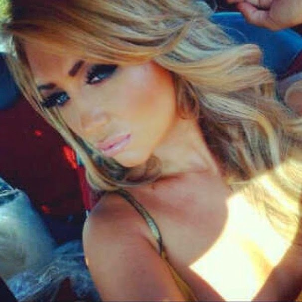 Lauren Goodgers  sexybody