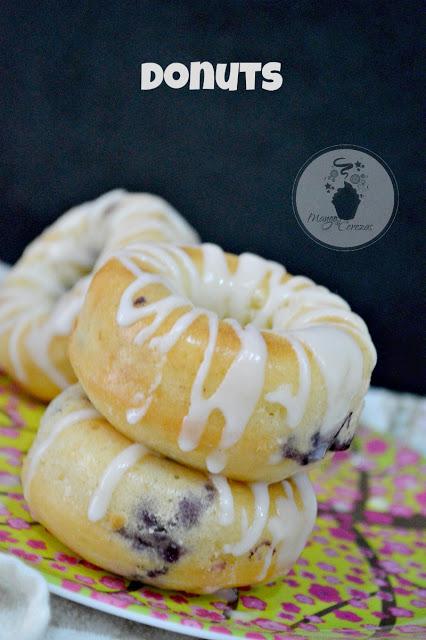lemon-blueberry-donuts, donuts-de-limon-y-arandanos