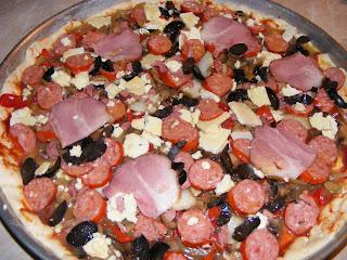 Pizza preparare reteta,