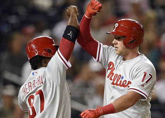 Philadelphia slugger Rhys Hoskins belts a pair of homers in Phillies win.