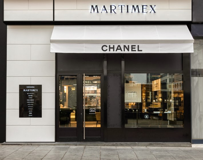 3f2e248c8e31 CHANEL unveils its new fragrance   beauty space at MARTIMEX