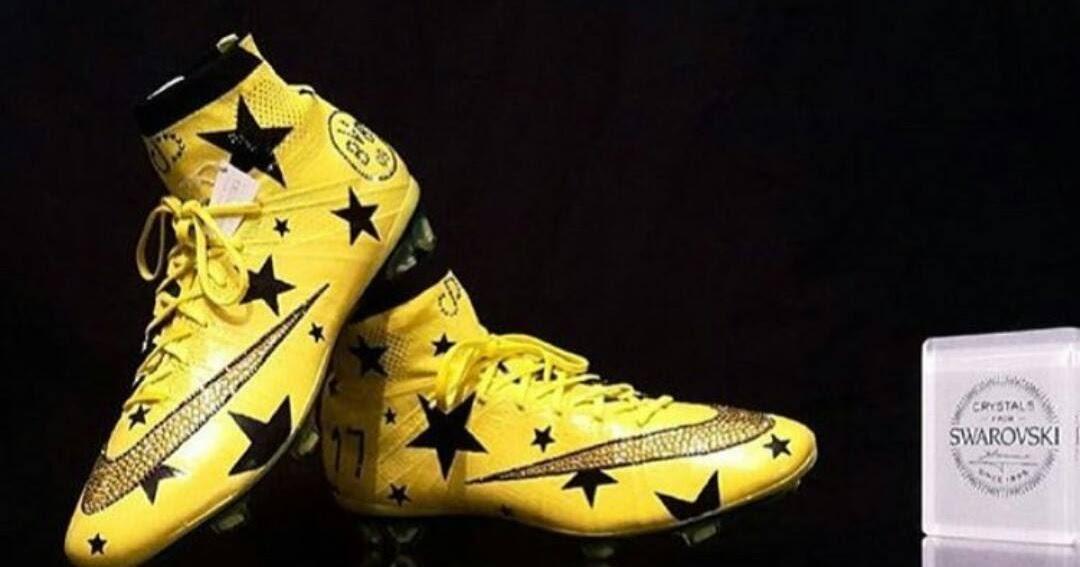 www.Prosoccercorner.com: Aubameyang's Custom Nike Mercurial ...