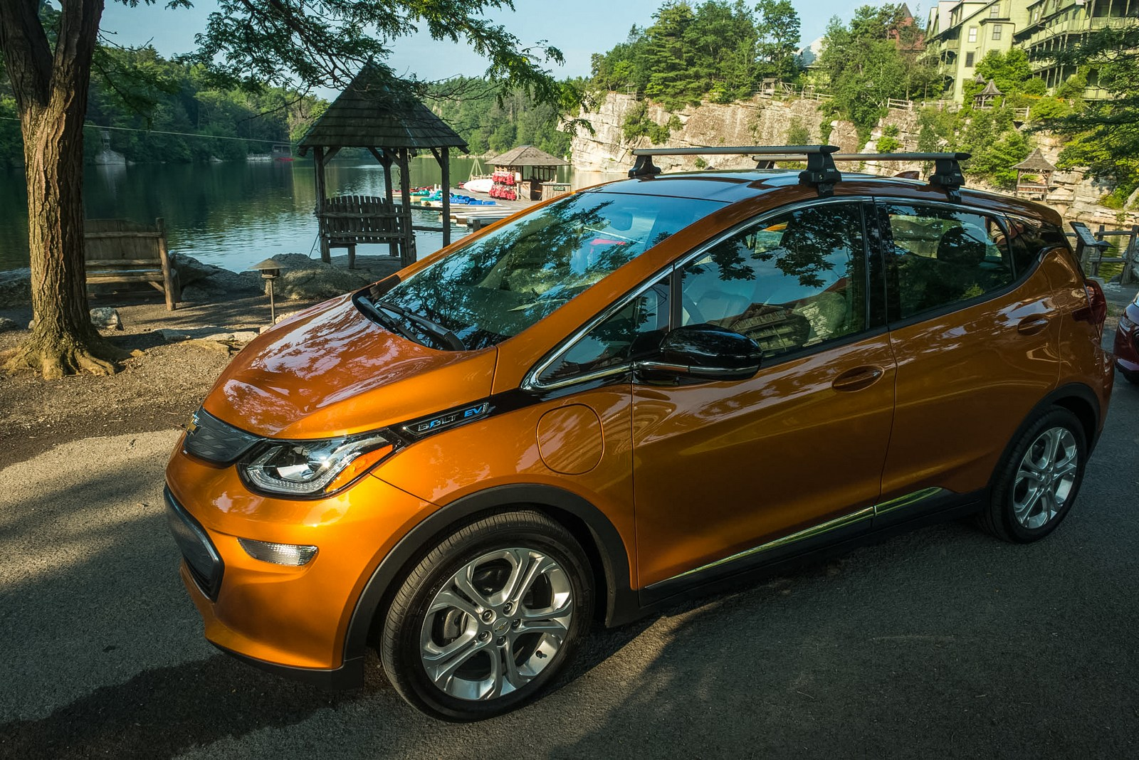the chevrolet bolt is now available throughout the united states carscoops. Black Bedroom Furniture Sets. Home Design Ideas