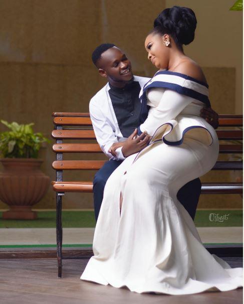 Beautiful Pre-Wedding Photos Of Nigerian Actor, Okiki Afolayan & His Pretty Fiancee