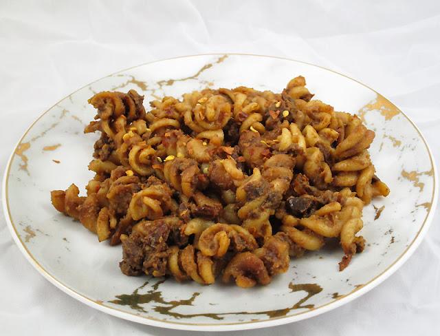 Hummus Dressed Quinoa Fusilli