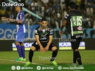 José Alí Meza celebra el gol que le hizo a Blooming con la camiseta de Oriente Petrolero en el Clásico Cruceño 178 - DaleOoo