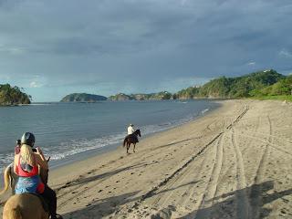 Costa Rica, rantalaukka, ratsastusmatka, riitta reissaa