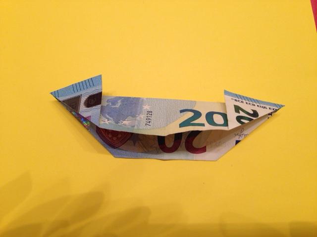 folding bills