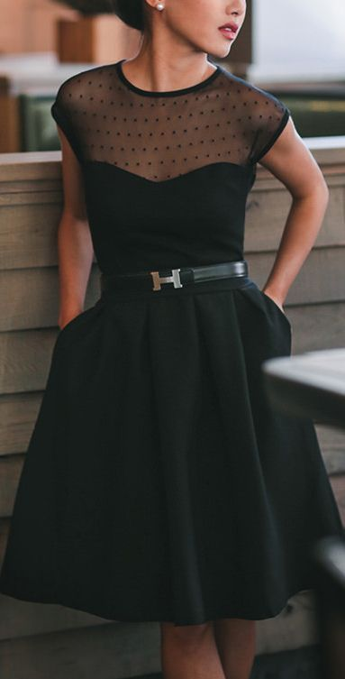 Stuning Black Dot Fashion Dress