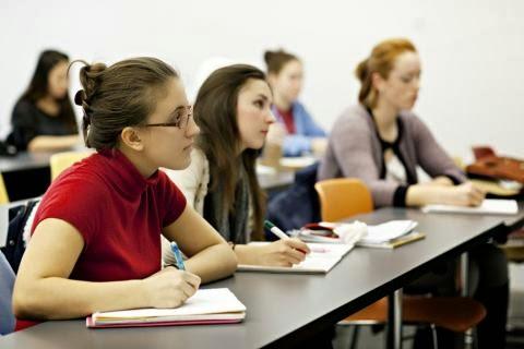 Ως την Τετάρτη 5 Σεπτεμβρίου παράταση υποβολής αιτήσεων υποψηφίων σπουδαστών ΙΕΚ