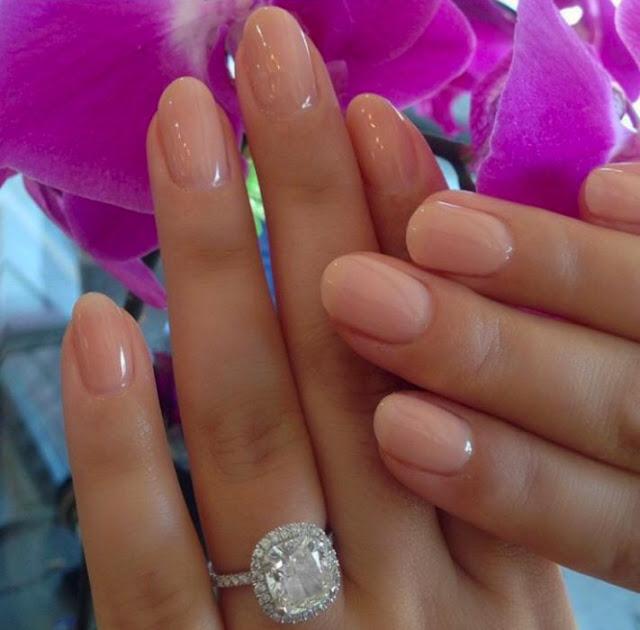 diseños para uñas de novias