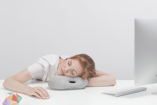 {Design} Ostrich pillow by Studio Banana Things