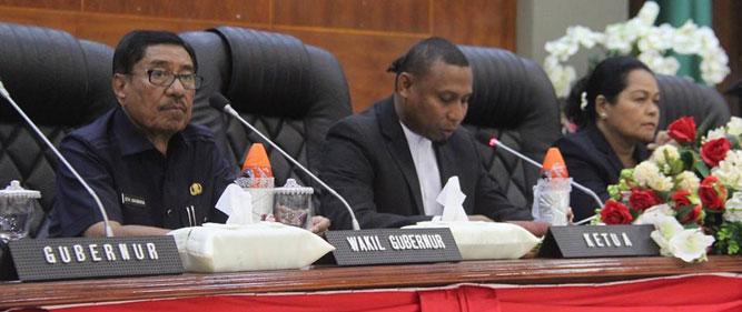 Zeth Sahuburua menyatakan kesiapannya berproses menjadi bakal calon (Balon) Wagub Maluku untuk Pilkada setempat pada 27 Juni 2018.