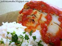 Kapusta nadziewana mięsem pod sosem pomidorowym