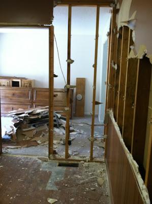 Kitchen Makeover {rainonatinroof.com} #kitchen #makeover #re-model #DIY #renovation