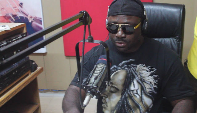 Otwinoko of Otec FM - Meet blind radio presenter in Ghana [Video]