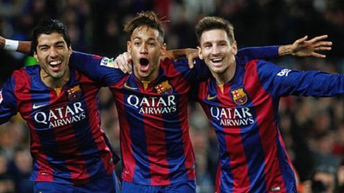 Barca có thể sẽ bán đi nguyên một đội hình