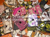 souvenir pernikahan murah, souvenir gantungan kunci dompet batik
