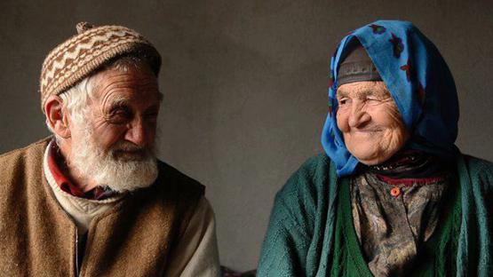 Cara Berbuat Adil kepada Kedua Orang Tua