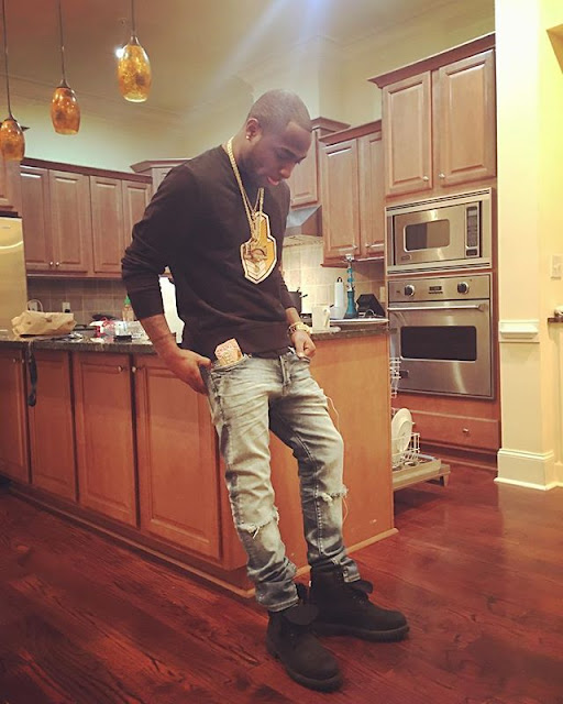 Davido Celebrates Val with Hot New Photo