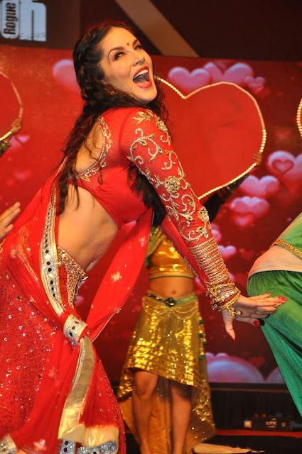 Sunny Leone Hot in Red Saree