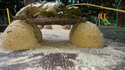 Tunel z piasku dla resoraków