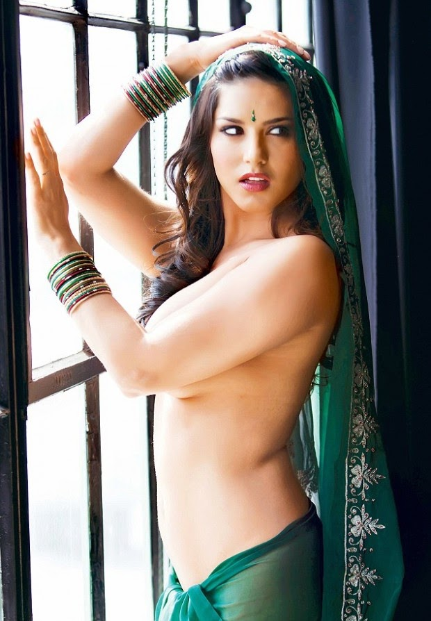 Sunny Leone - Hot Pics in Saree with TV Stars