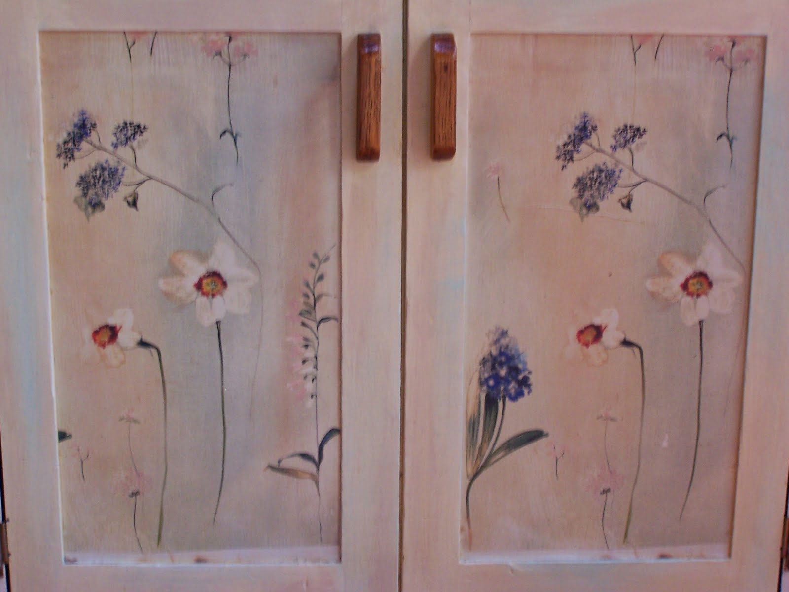 Fabric On Kitchen CabiGlass Doors