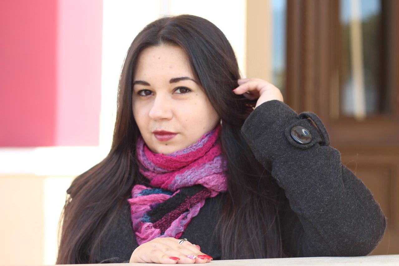Снять девочку украина проститутки госпожа петербург