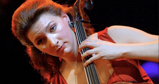 Rare cello returned after knifepoint felony in Paris