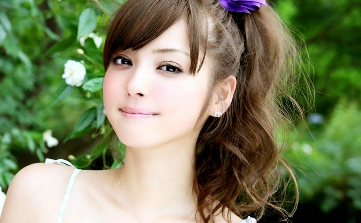 pretty young girl widescreen - photo #24