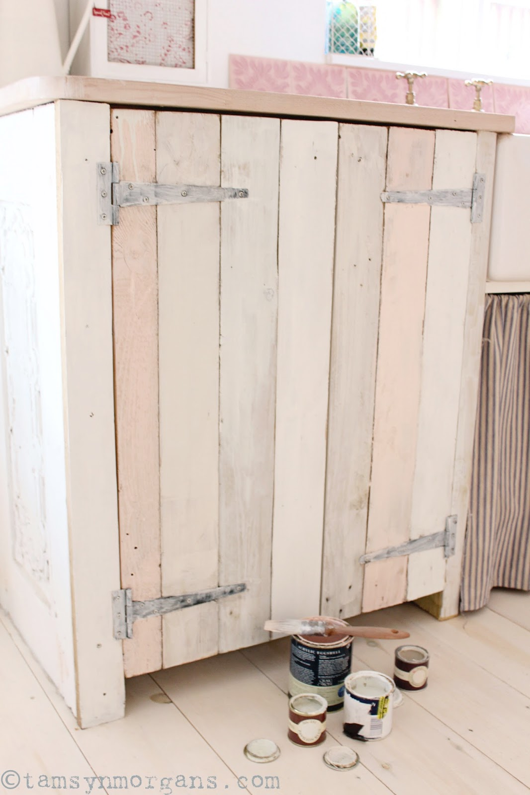 Upcycled Pallet Kitchen Cupboard – A Work in Progress