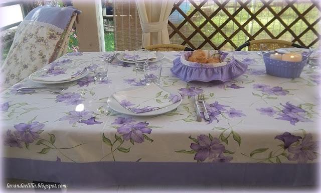 Lavanda e lill tovaglia lilla con bordo applicato - Tovaglie da tavola plastificate ...