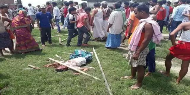 दुर्गा मंदिर के सामने भीड़ ने 3 अपराधियों को पीट पीटकर मार डाला, 5000 लोग मौजूद थे | National News