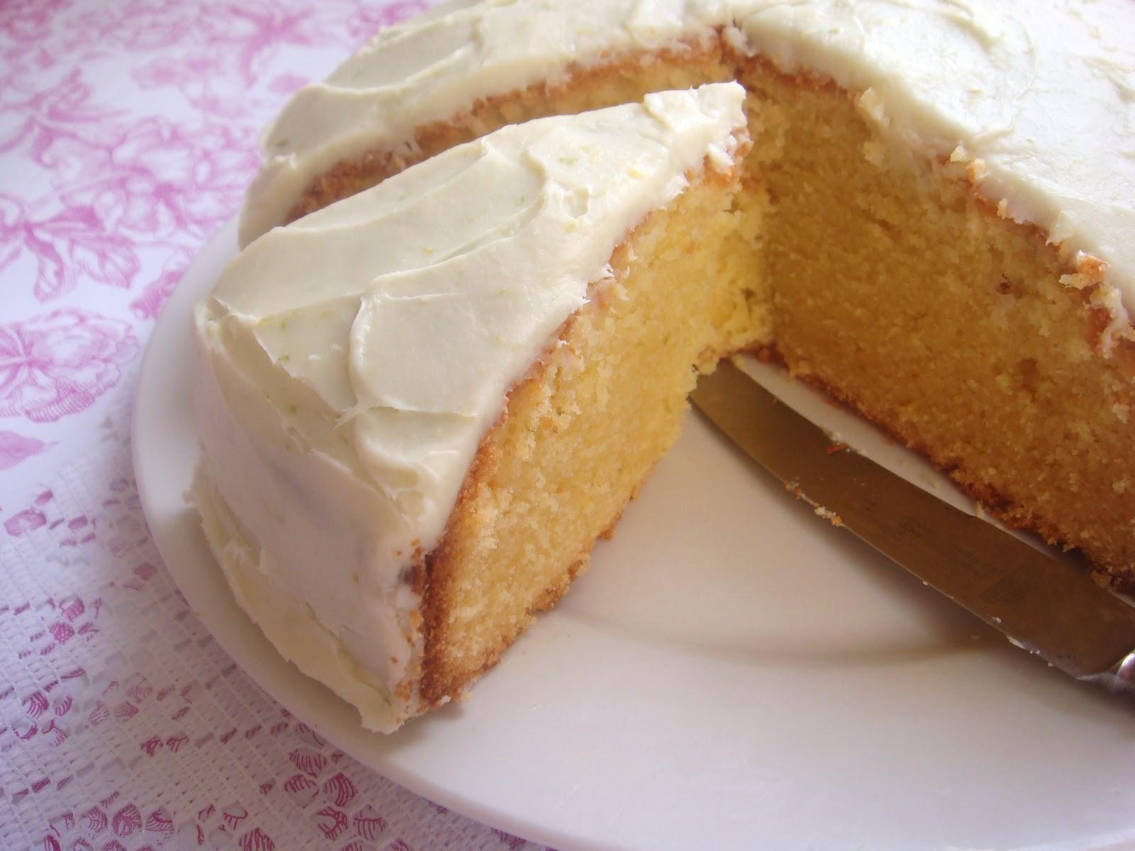 Best Moist White Chocolate Mud Cake