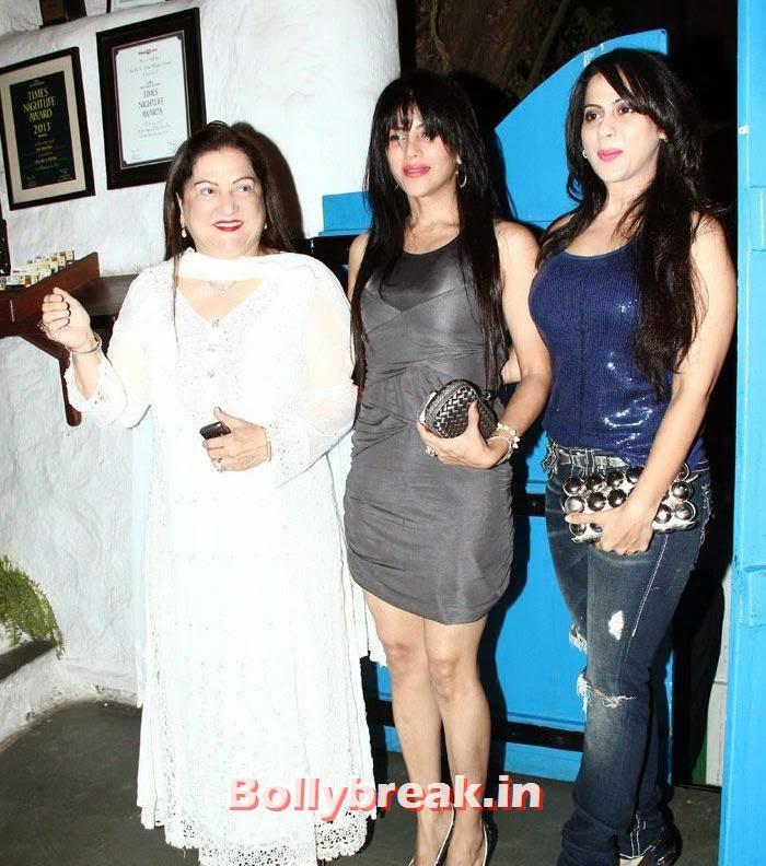 Shafaqat Nadiadwala, Wardha Nadiadwala, Pinky, Heropanti Success Party