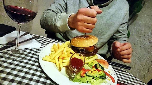 Cheeseburger restauracja Classic
